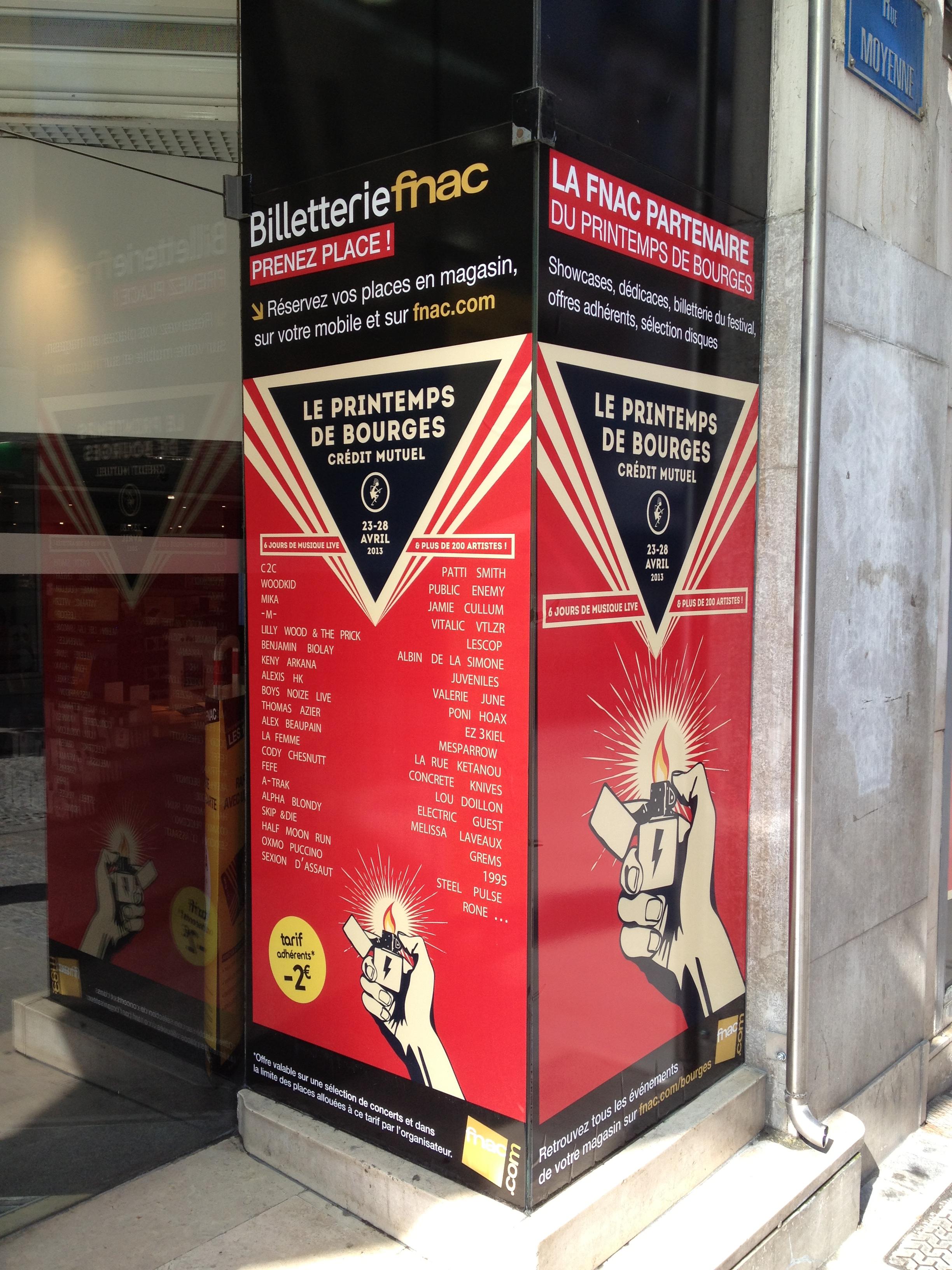 vitrine Printemps de Bourges FNAC de Bourges