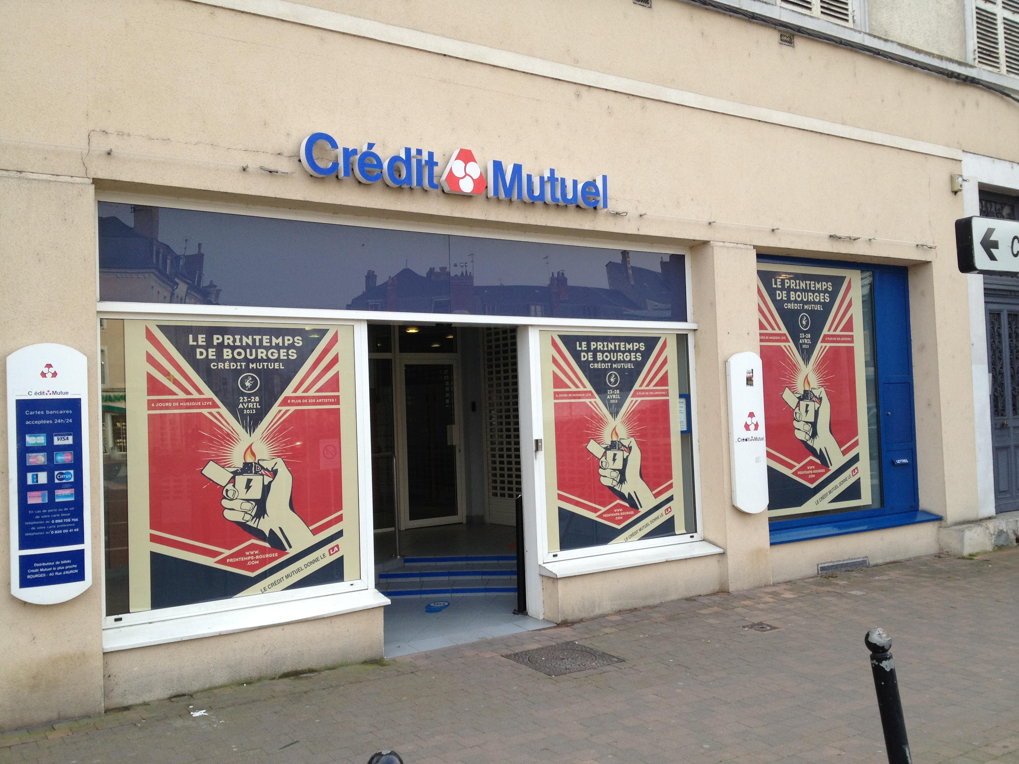 campagne Printemps de Bourges en microperforé pour les agences Crédit Mutuel de Bourges