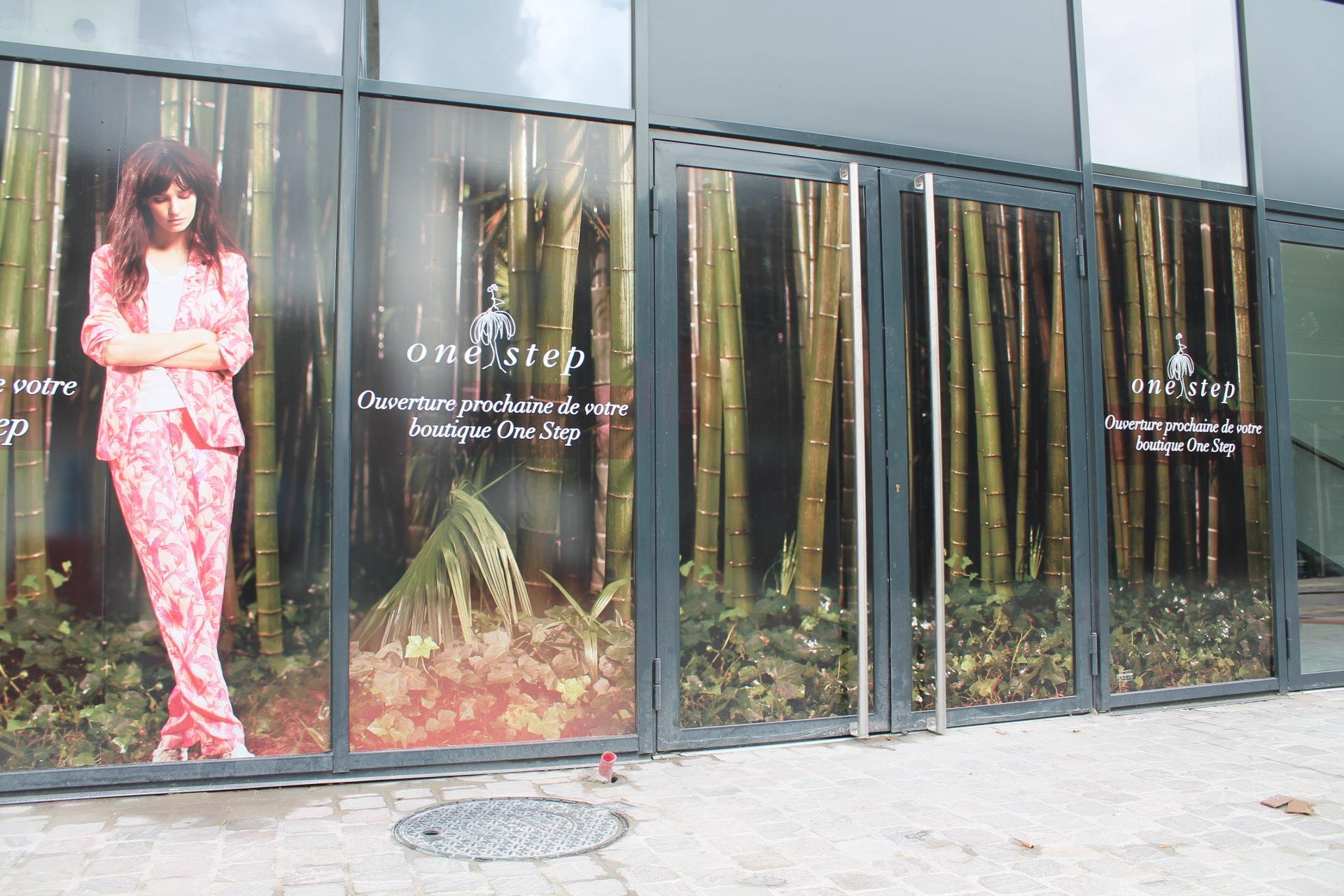 teasing One Step (masquage de travaux d'ouverture) centre commercial Avaricum Bourges