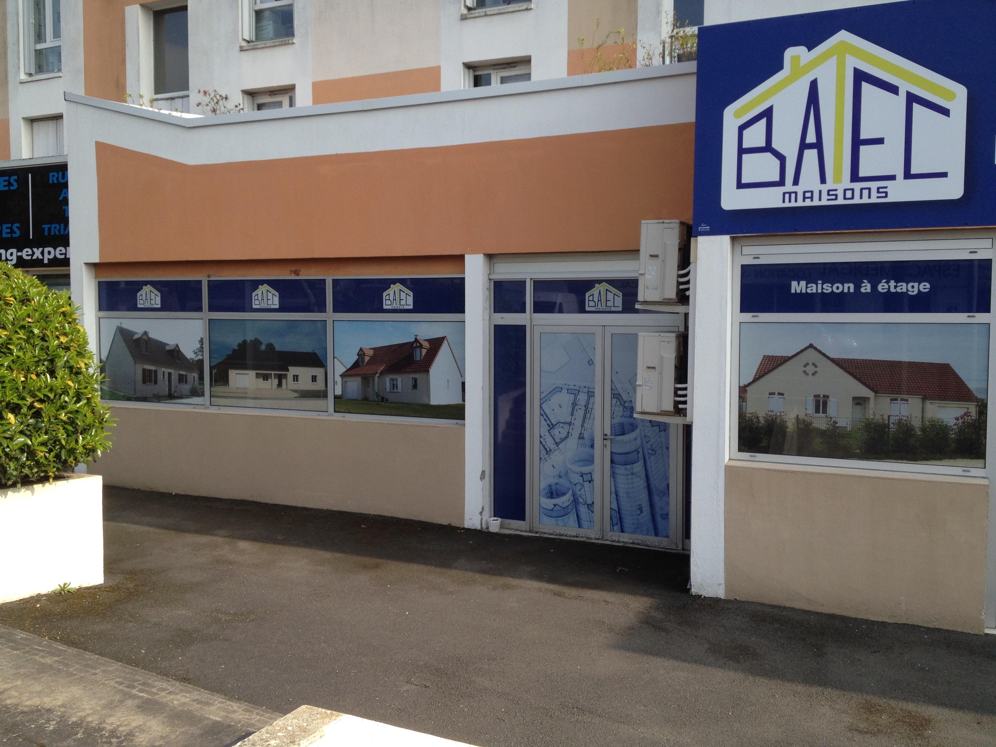 Impression sur Dybond (vitrine vinyle microperforé) BATEC Bourges