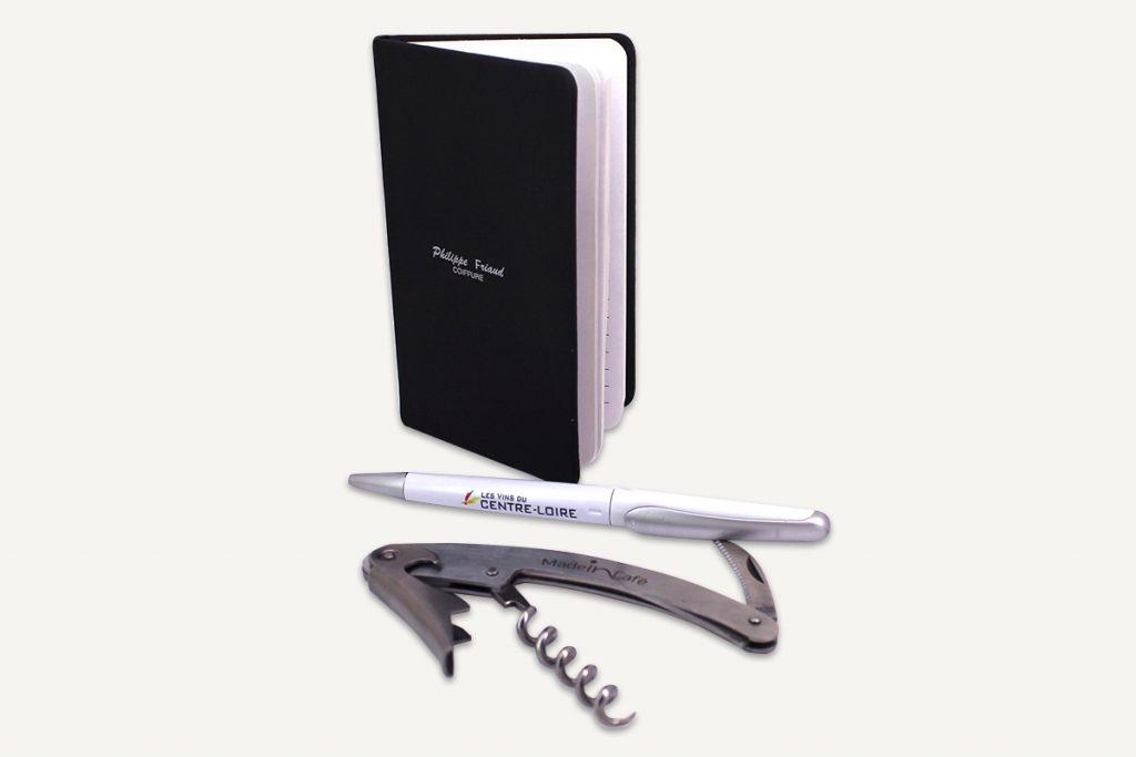 Objets publicitaires pour promouvoir votre marque, stylo, carnet, sommelier