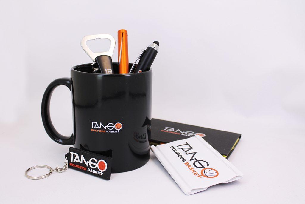 Objets personnalisés, mug, porte-clef, stylo, bourges basket
