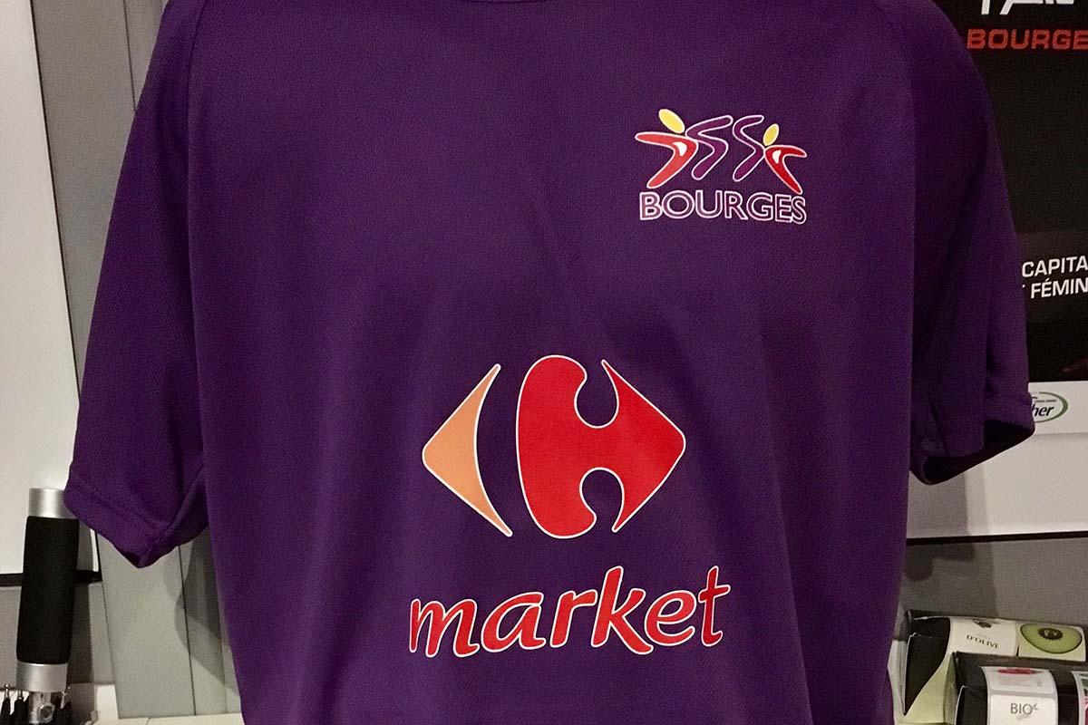 Tee-shirt personnalisé, adaptation des couleurs et des logos, Groupe CLC